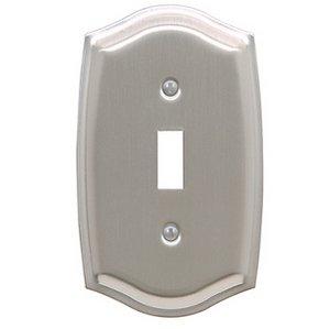 Baldwin 4756 Colonial Single Toggle Switch Plate