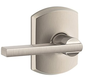 Schlage F10LAT/GRW Latitude Passage Leverset with Greenwich Decorative Rosette