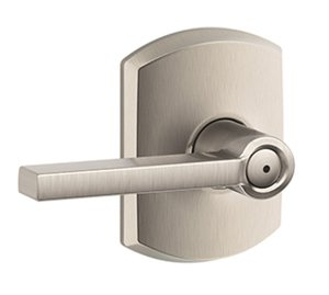 Schlage F40LAT/GRW Latitude Privacy Leverset with Greenwich Decorative Rosette