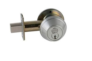 Schlage B660R Single Cylinder Deadbolt with Full Size Interchangeable Core